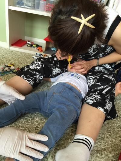 親子で一緒に歯磨きの練習